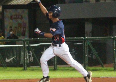 20170806 U-12 Baseball World Cup Kai Caranto USA runs bases after go ahead home run in final