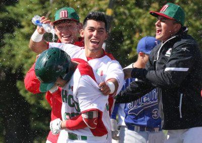 20170908 U-18 Baseball World Cup Mexico celebrate win vs Italy (James Mirabelli-WBSC)