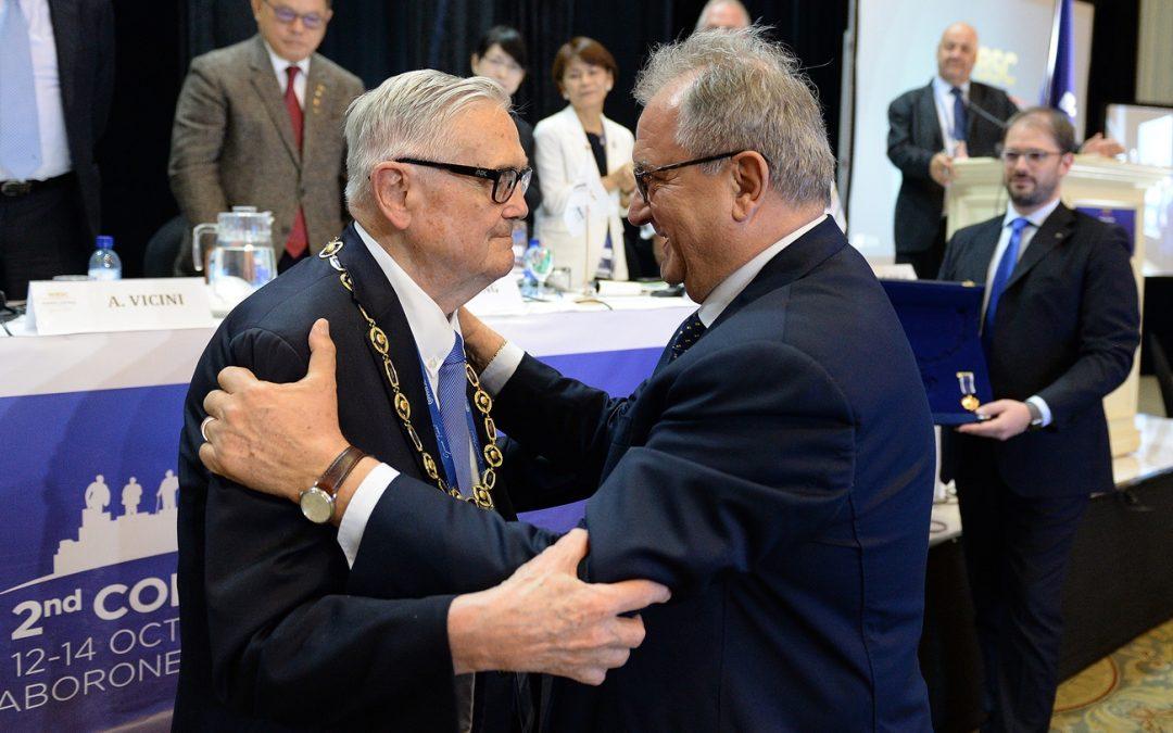 Don Porter awarded WBSC Collar of Honour