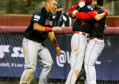 20170904 U-18 Baseball World Cup Canada celebrate after scoring winning run vs Italy (Christian J Stewart)