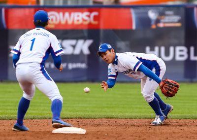 20170904 U-18 Baseball World Cup  Korea double play combination (Christian J Stewart)