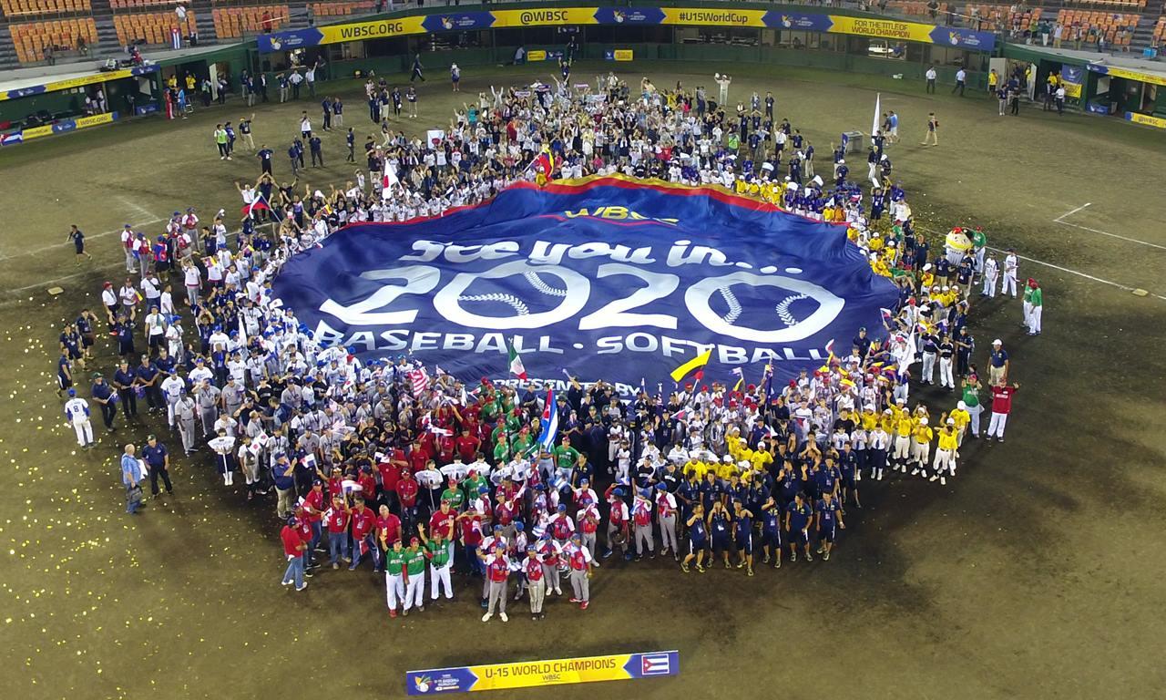 VIDEO: Futuras estrellas de la Copa Mundial de Béisbol Sub-15 celebran el retorno olímpico del béisbol/softbol