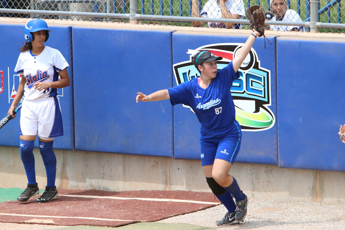 Day 5 at the 2015 WBSC Junior Women's Softball World Championship