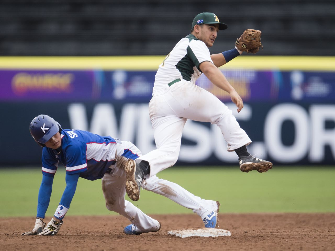 World No. 13 Australia tops No. 3 Korea in Super Round of U-23 Baseball World Cup