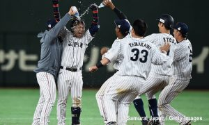 Japan tops Korea in wild extra-inning opener of Asia Professional Baseball Championship