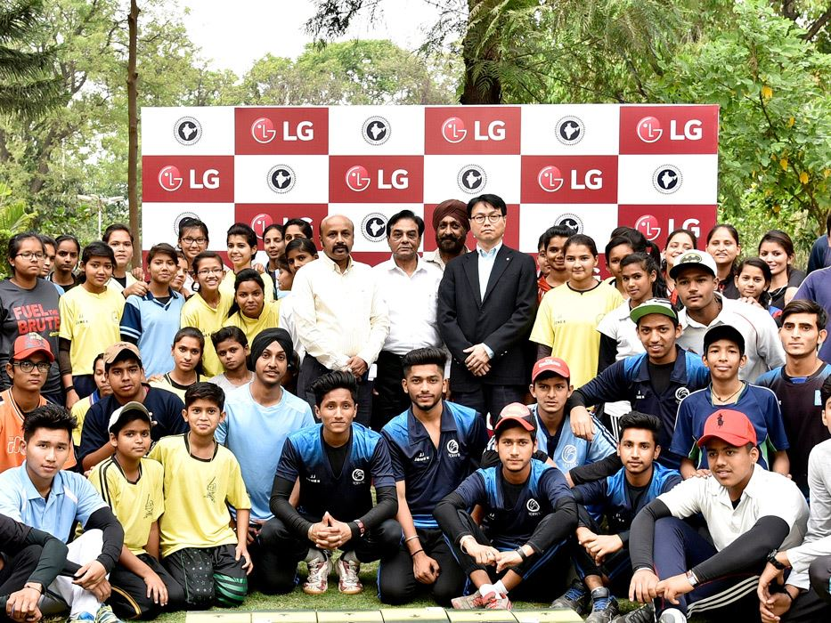 LG expands global presence in baseball, partners with Baseball Federation of India