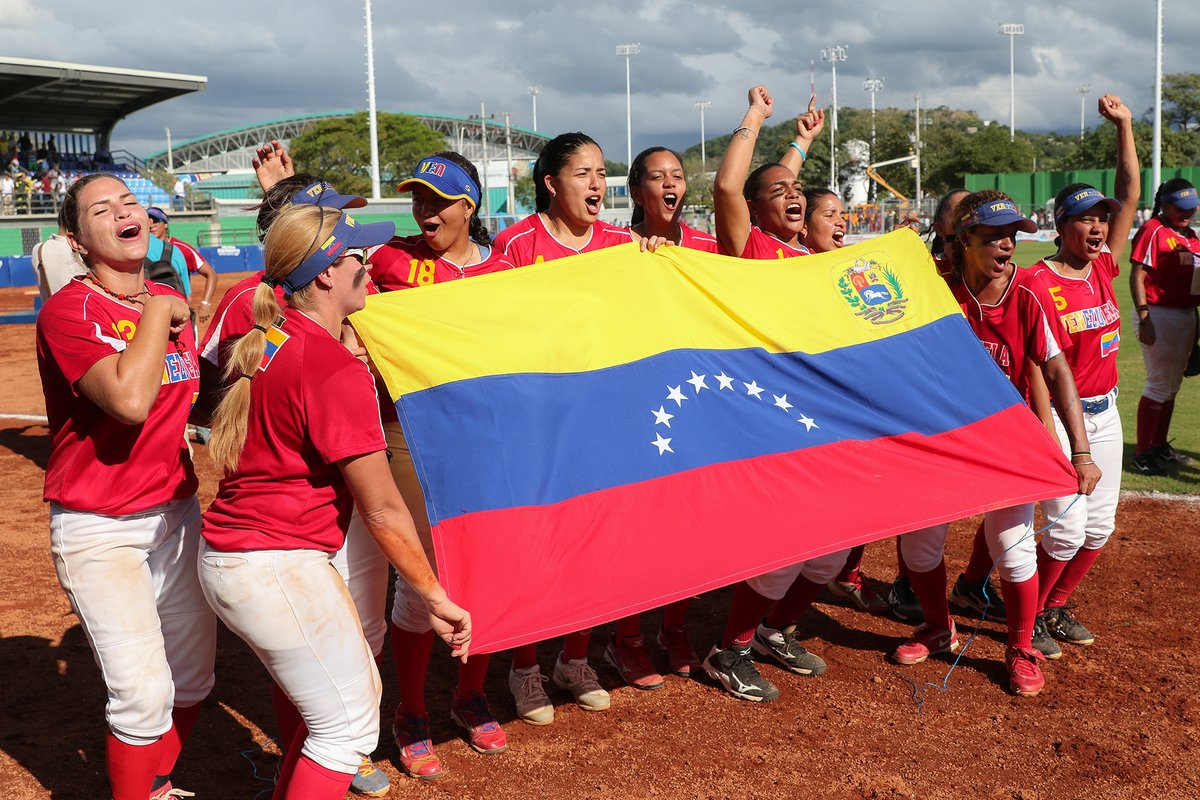 Venezuela women win softball gold medal at 2017 Bolivarian Games
