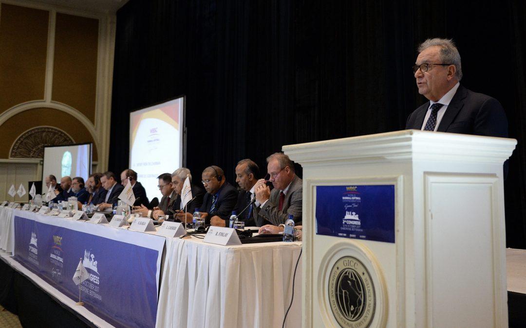Riccardo Fraccari elegido Presidente sin oposición de la División de Béisbol WBSC