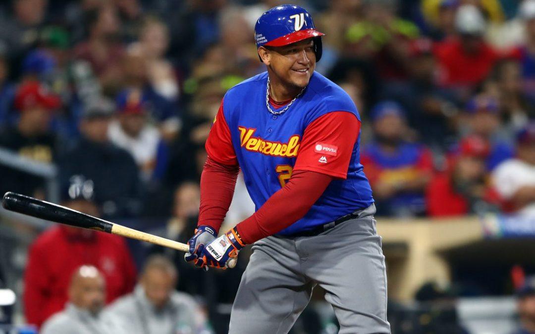 Hero Miguel Cabrera flies Venezuelan U-10 National Team to Pan Am Baseball Championship in Mexico
