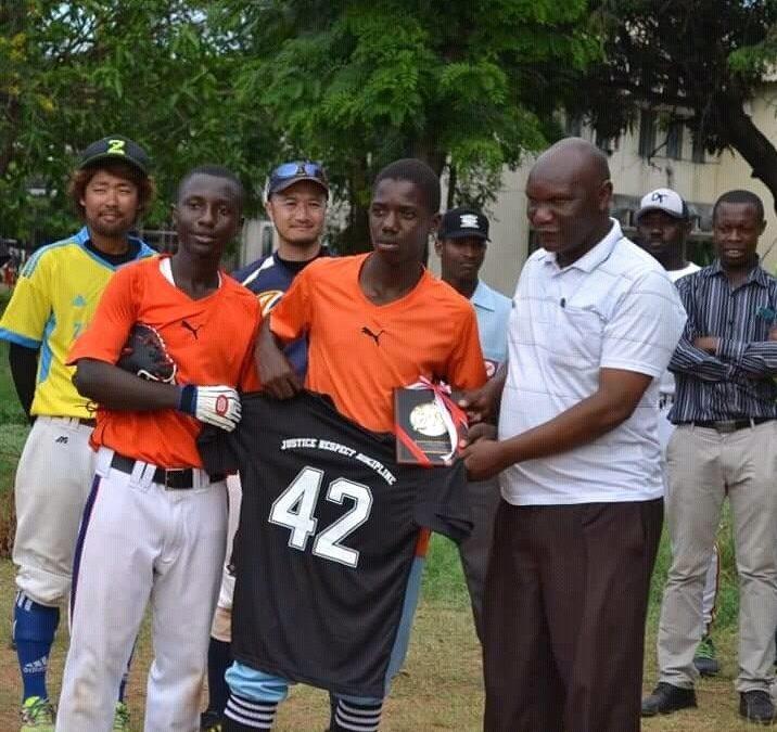 El Campeonato de Béisbol Koshien de Tanzania listo para dar inicio
